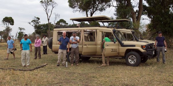 safari in East Africa photographing