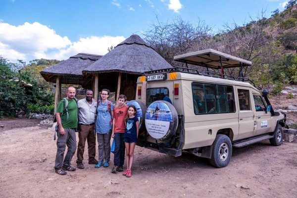 Best African Safari Companies Earthlife Expeditions Guide with Guests