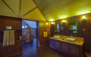 Lake Ndutu Guest Bathroom