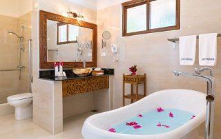 Next Paradise Boutique Resort Bathroom