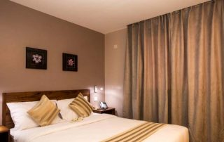 Venus Premier Hotel Kind bed